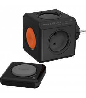 Distribuitor cub 4 cai schuko cu telecomanda negru Allocacoc