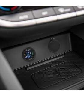 Adaptor 12V-24V USB 2.1A QC3.0 cu montare in locul brichetei auto cu voltmetru