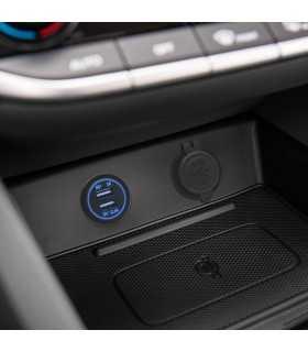 Adaptor auto cu lumina albastra USB 3.1A instalabil in locas bricheta 12–24V M'N'C