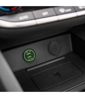 Adaptor auto cu lumina verde USB 3.1A instalabil in locas bricheta 12–24V M'N'C