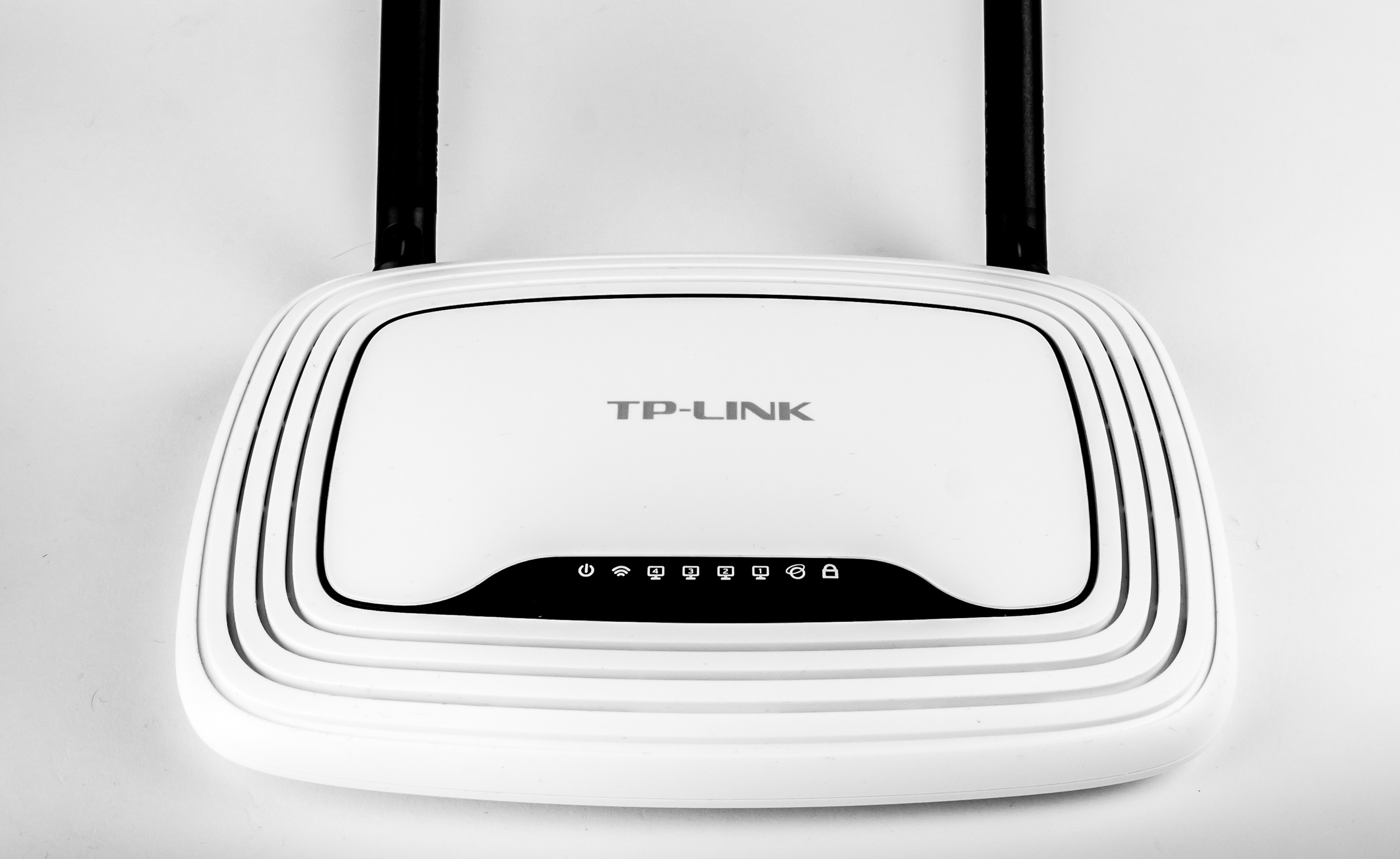 Router wireless TL-WR740N TP-Link recenzie pareri