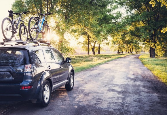 Tu ti-ai pregatit masina si bicicleta pentru plimbare?
